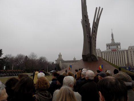 Ziua detinutilor politici la Bucuresti. Ceremonie oficiala la Monumentul Aripi.